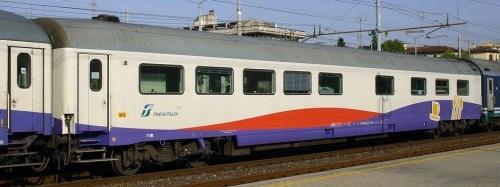 61 83 88 90 157-0 WR Artesia - Foto © Ernesto Imperato da trenomania