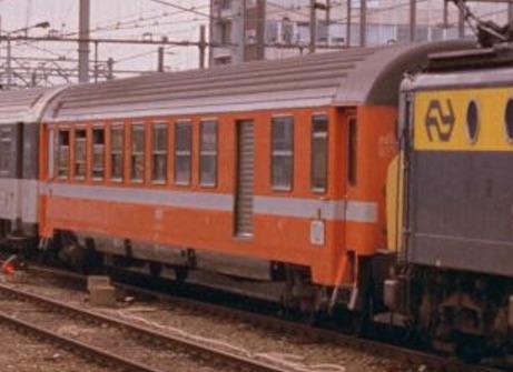 SNCF B6D2 Vtu Foto © Ferry van Schagen da drehscheibe-online.de