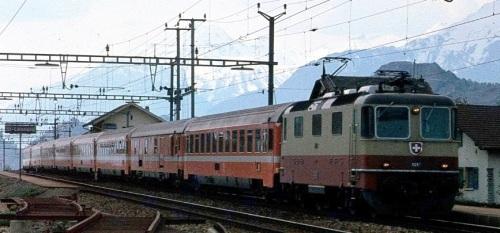 IL Lutetia in Svizzera diretto verso Milano. Foto da forum.e-train.fr