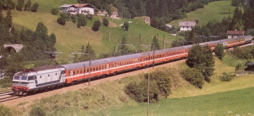 EC 85 Michelangelo in Val d'Isarco nel 1988 - Foto © Rosenberger reperita su un forum