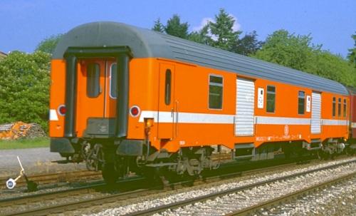 L'altro lato del bagagliaio SNCB in livrea C1. Foto © Pim Van Gestel da flickr
