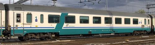 La 50 83 18-90 607-4 AH a Roma nel 2010 - Foto © Enresto Imperato da trenomania