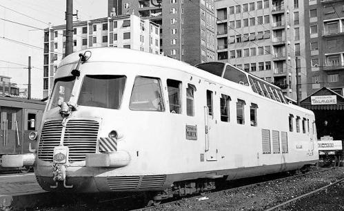 ALtn.444 all'epoca del servizio Torino-Milano