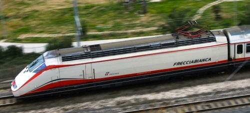 E.414 FB - Foto © Antonio Mancinelli da fotoferrove.info