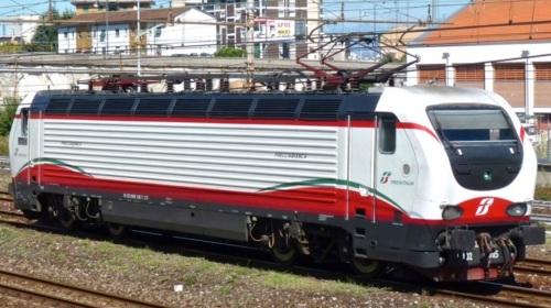 E.402B.105 FB -Foto © Luca Adornada trenomania
