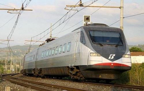 """ETR.480 in livrea """"trenitalia.com"""" nel 2004, foto © Ernesto Imperato da trenomania"""