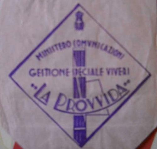 """Il Logo de """"La Provvida"""" su un sacchetto di distribuzione viveri."""