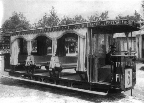 La Tramvia a benzina FIAT dell'expo di MIlano del 1906.