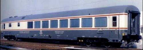 WRz Gran Comfort Bandiera con due porte per lato - foto dal Catalogo Eurorail Models