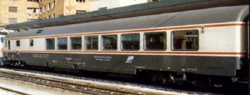 WRz Gran Comfort Bandiera senza porta sul lato ristorante - foto dal Catalogo Eurorail Models