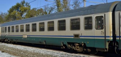 61 83 29-90 605-0 B, Eurofima ex seconda classe revampizzata nei Progetti IC xxx - Foto © Russo Vincenzo da fotoferrovie.info