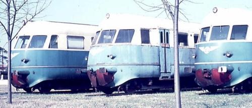 Le tre automotrici a Curtatone, foto © Pasquale Caccavale da TrainSimSicilia.net