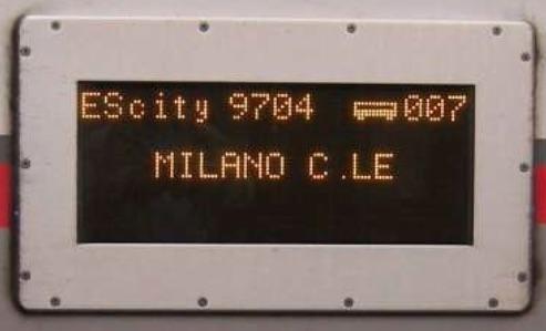 Indicatori luminosi esterni di destinazione. Foto tratta da una presentazione © E. Principe all'Università di Bologna