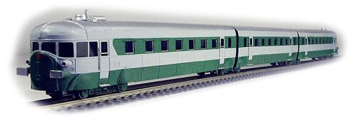 """La versione """"tre bello"""" dell'ATR 100 di Locomodel, presentata a Novegro 2010"""