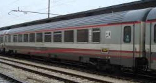 Una delle due BHR ex Z1 BH in livrea ESCI, dal forum ferrovie.it