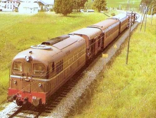 La D341.1020 nei pressi di Dobbiaco - Foto tratta al forum ferrovie.it (le foto di Corrado)
