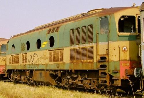 D.341Satti a fine vita. Foto © Mauro Crepaldi da www.trainsimsicilia.net