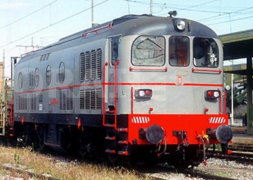DD FMT NA 0488 ex L.02 HUPAC ex D341.1048 ad Caltanissetta nel 2004 -Foto © Stefano Paolini da photorail.com
