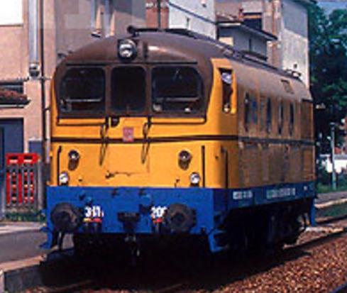 FMT NA 2054 ex VCB T.3794 ex D.341.2004 a Scandiano (RE) nel 1994 -Foto © Stefano Paolini da photorail.com