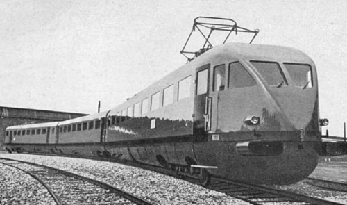 ETR200, foto Breda. In primo piano la carrozza B