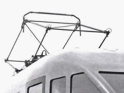 Il pantografo Tipo 42 di origine - Particolare da Foto Breda - tratto da marklinfan