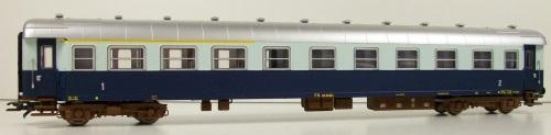 Modello Rivarossi H0 della ABz 64.524