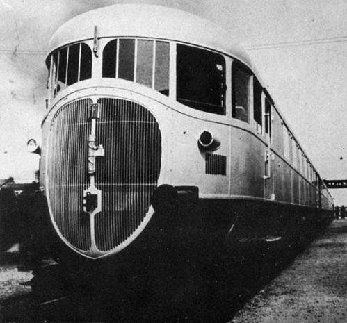ATR100 nel settembre 1936 a Chivasso. Foto FIAT tratta da wikimedia