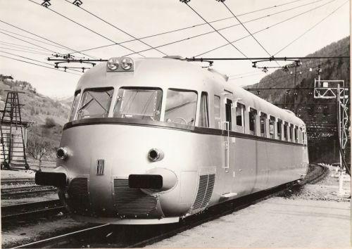 Autosalone FIAT 089 del 1954 - Foto tratta da OOCities