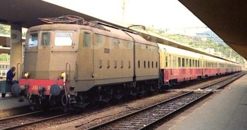 E.636.363 a Savona nel maggio 1981- Foto © Diego Garelli da da www.photorail.com