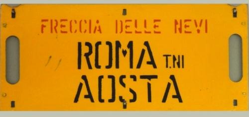 Cartello di Percorrenza della Freccia delle Nevi, fotografato nel 1995 sull'ETR.243 - © Raffaele Bonaca da trenomania