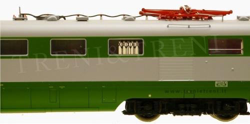 Dettaglo della carrozza 3 del modello LE Models, foto © da http://www.trenietreni.it/