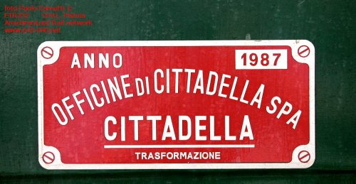 Targa di trasformazione. Foto Paolo Carnietti da http://lnx.645-040.net/