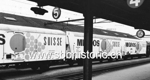 Serie di 3 carri FS Migros, da www.sbbhistoric.ch