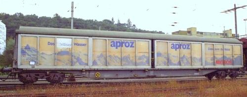 Carro Habils Migros con pubblicità Aproz