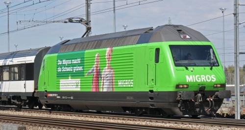 SBB Re 460-080-5 il livrea pubblicitaria Migros - Foto © Markus Wagner da bahnbilder-de