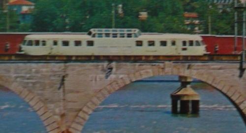 ALn.444.3001 sul ponte di Moncalieri - Foto FIAT