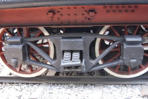 Dettaglio del carrello del tender della 022- foto tratta da http://3.bp.blogspot.com/