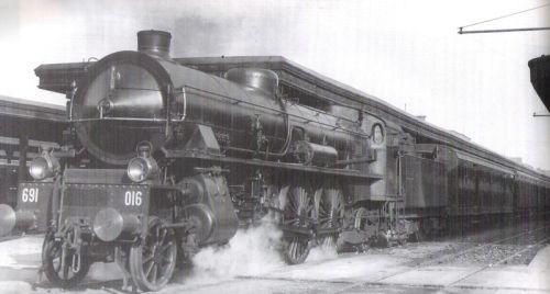 La 691.016 appena trasformata in servizio a Roma. Foto W.H.C.Kelland tratta da marklinfan - originale da iTrenioggi