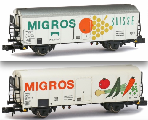 Modello Brawa del carro FS con marcatura 563 929 (art.67114) in alto, e di quello con marcatura 11 83 082 7 635-1 (art.67115) in basso