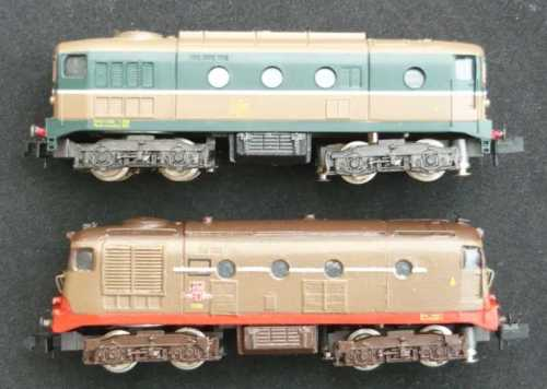 A confronto i due modelli, lato destro.