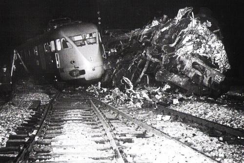 Incidente tra l'ETR.200 e la 691.28 - Foto tratta da marklinfan, originale Franco Castiglioni da: Tutto Treno 276