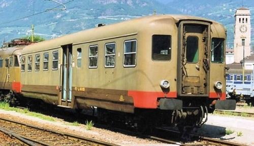 Le 640.053 a Bolzano nel 1994 - Foto © Raffaele Bonaca da trenomania