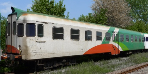 Ln 882.1513 accantonato a Sermide - Foto © Andrea De Berti da http://www.trainsimhobby.net