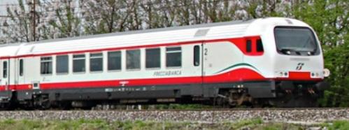 npB 61 83 80-90 022-4 - Dettaglio da una foto © stefanoe444r da trenomania