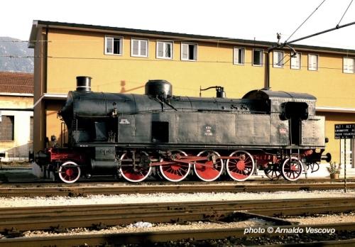 940.006 a Terni nel 1983. Foto © Arnaldo Vescovo da http://www.trainsimhobby.net/