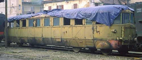ALn 56.126 a Torino nel 1992. Foto © Pedrazzini da wikipedia, originale da photorail.com