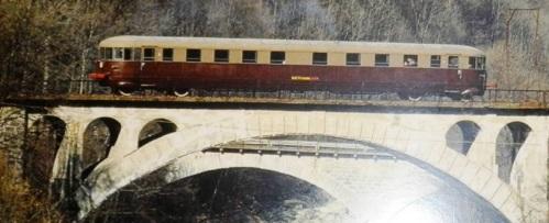ALn 40.004 - nel 1993 sulla Torino Ceres (nei colori GTT)