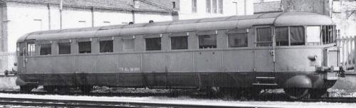 Aln 56.1063 a Mantova nel 1959 - Foto Cinzio Gasparini tratta da marklinfan.com