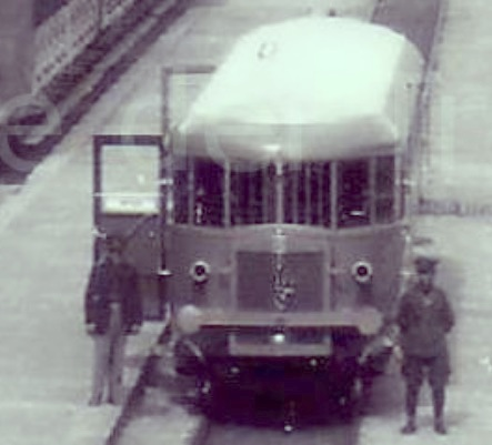 ALn 56 ad Aosta negli anni 30 Foto dalla collezione Pier Angelo Marchese da ipdt