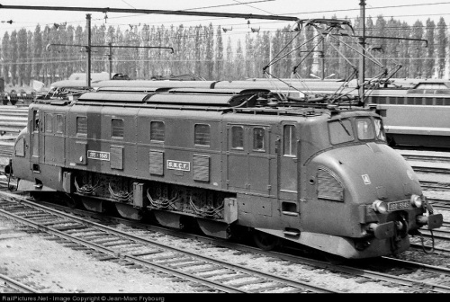 D2D 5545 - Foto da www.railpictures.net - © Jean Marc Frybourg